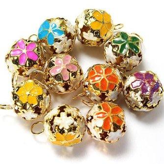 Kleurrijke Metalen Bloem Kerstbelletjes 10 Stuks