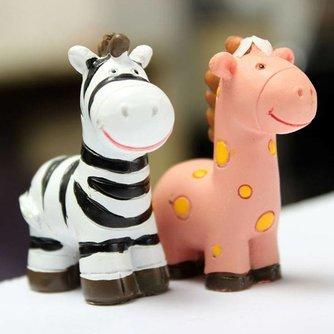Dierenbeeldjes van Zebra en Giraffe