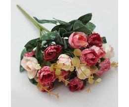 Boeket bloemen in zijde