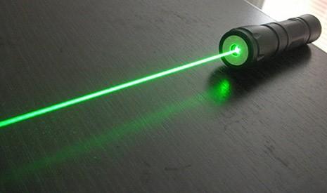 Zaklamp Rood Licht : De laser zaklamp en de beste mw lasers myxlshop
