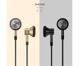 1More Headphones In Ear met Microfoon