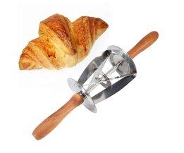 Rvs Keuken Driehoek Rolling Deeg Cutter Met Houten Handvat Rolling Deeg Cutter Mes Voor Maken Croissants TOPINCN