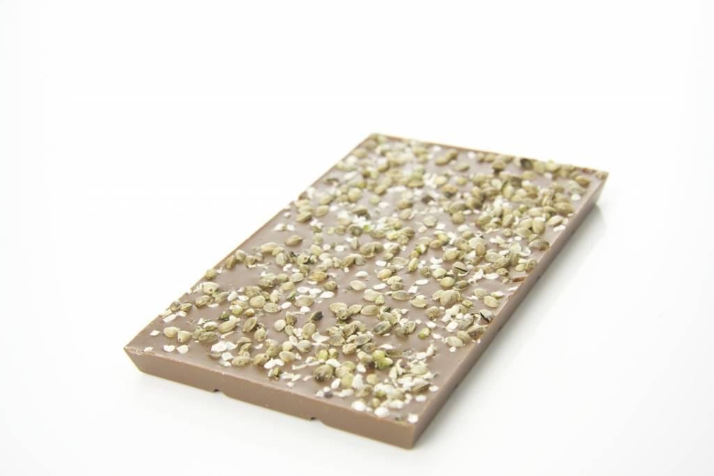 Melkchocolade met bio hennepzaad