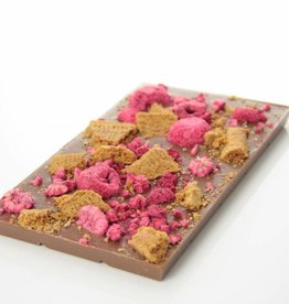 Milk chocolate with speculoos and raspberry