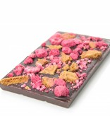 A bar of dark chocolate with speculoos and raspberry