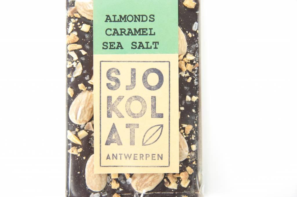 Tablet pure chocolade amandel, caramel en zeezout