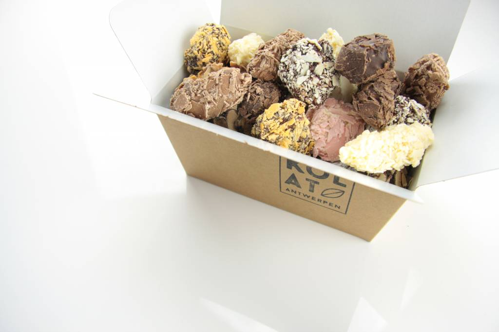Assorted handmade truffles in box - 570 grams