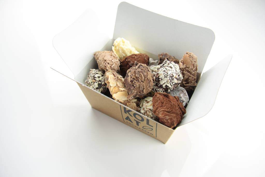 Assorted handmade truffles in a box - 285 gram