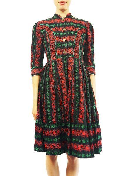 Vintage Dresses: Tyrolean Dirndl Dresses