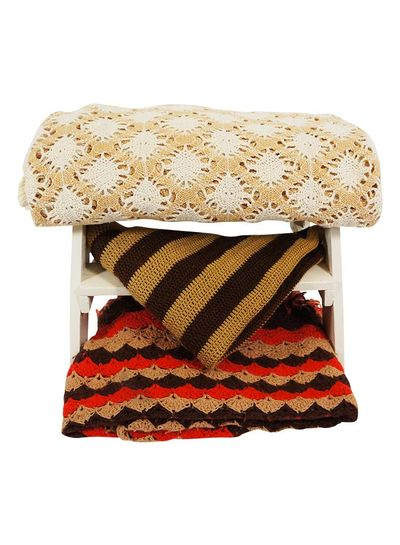 Vintage Blankets: Knitted Blankets