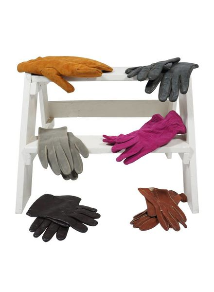 Vintage Accessories: Leather Gloves