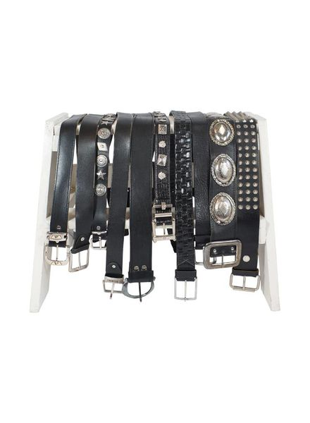 Vintage Belts: Leather Belts Mix