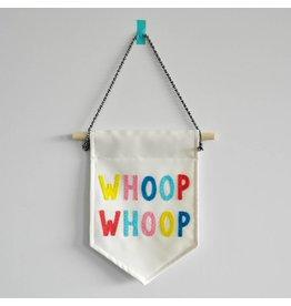 Gekkiggeit Muur vlag Whoop Whoop