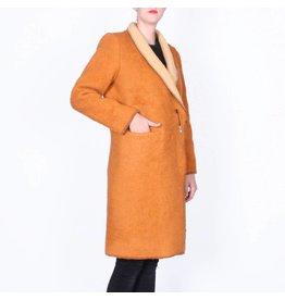 Wintervacht Duurzame camelkleurige lange jas van wol