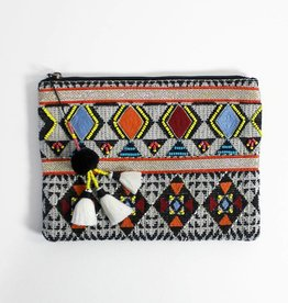 Return Tribal clutch