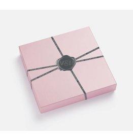 Viktor & Rolf Flowerbomb x GLAMOUR BOX (pre-order)