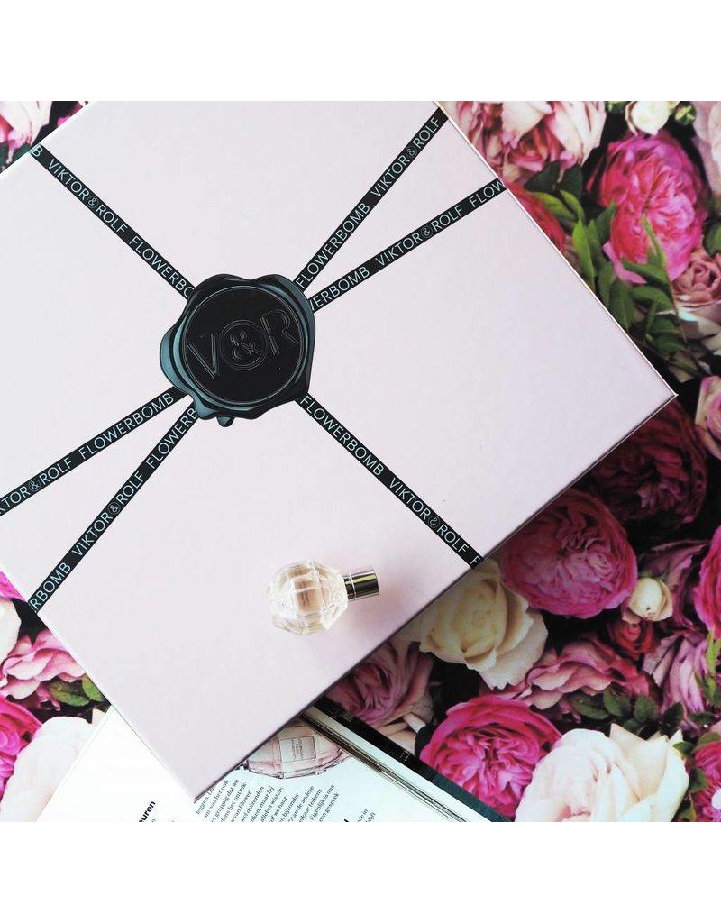 Viktor & Rolf Flowerbomb x GLAMOUR BOX