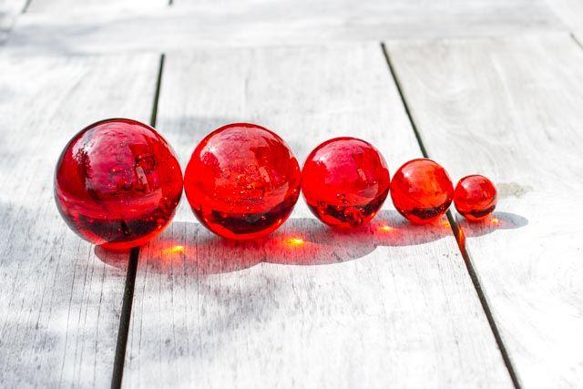 Glaskugeln rot