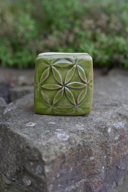 """Motiv Pflasterstein """"Blume des Lebens grün"""", absolut frostfest"""