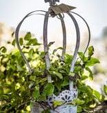 Krone aus antik grauem Metall