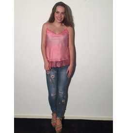 by Natascha Zijde top lace roze