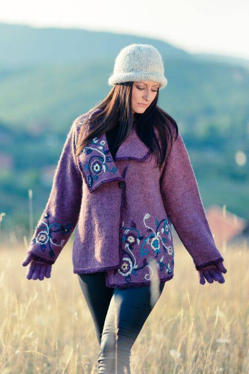 Sirogojno-Style Wolljacke aus Islandwolle