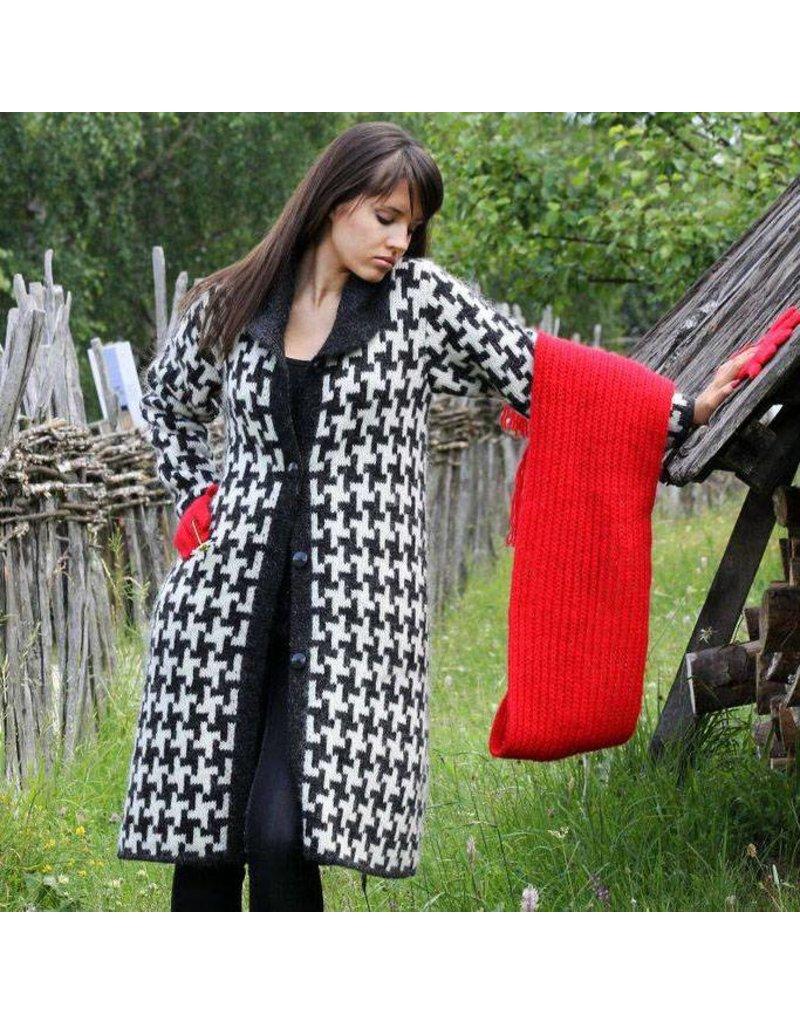 Sirogojno-Style Knielanger Wollmantel