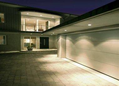 Outdoor downlight