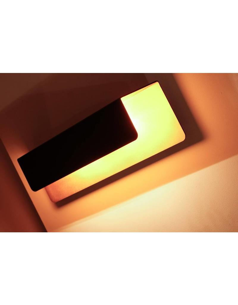 applique murale noire dor e rectangulaire descendant 2xg9 myplanetled. Black Bedroom Furniture Sets. Home Design Ideas