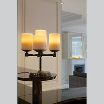 Lampe de table design chandelier LED 5 bougies