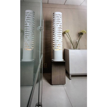 Design floor lamp white openings 139cm high