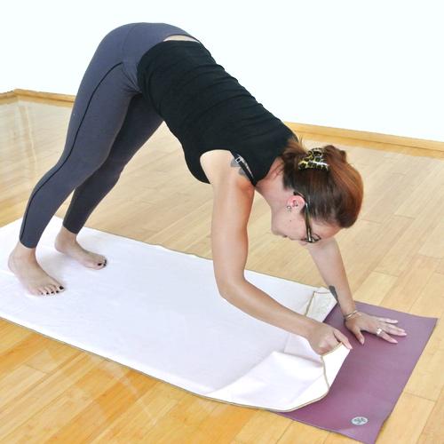 yogatowelomslaan2