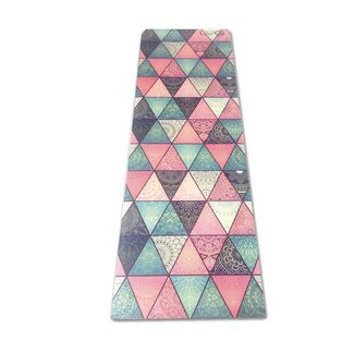 Love Generation Triangles Yoga-Matte