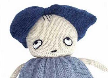 Kuscheltiere und Puppen blau