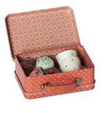 Maileg koffertje met 4 cupcakes en 2 kopjes Maileg 7 cm