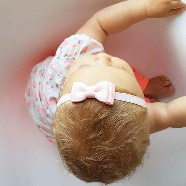 Your Little Miss Roze baby haarbandje met dubbele strik en dun bandje