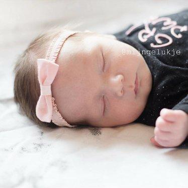 Your Little Miss Baby haarbandje met roze volants en strik