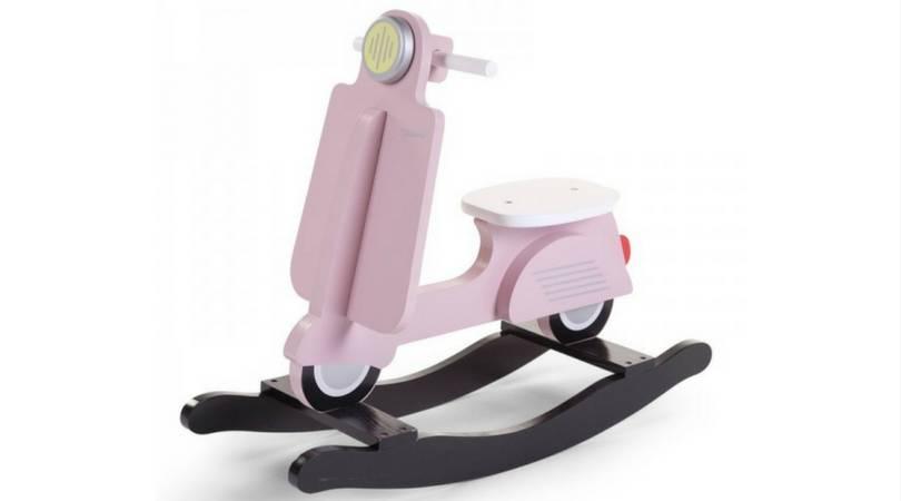 Deze schommel scooter is echt ge-wel-dig, mis 'm niet!