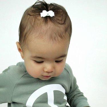Your Little Miss Setje van twee witte baby haarspeldjes met strik