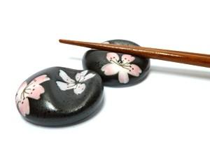 Tokyo Design Studio Chopsticks rest Sakura black