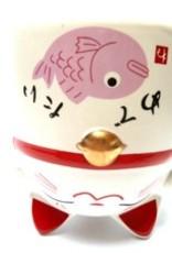 Teacup pink cat