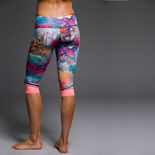 Onzie Yoga Wear Cycle Capri - Fantasy Sunset (XS)