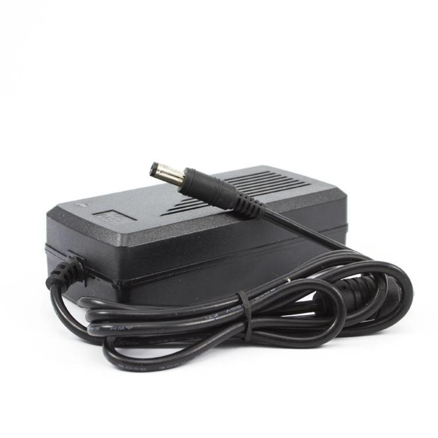 CW-V5A - 12 volt 5A voeding voor CW, CC, CS & CHD camera's