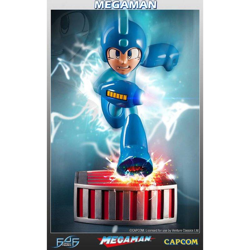 First 4 Figures Megaman: Running - Regular edition
