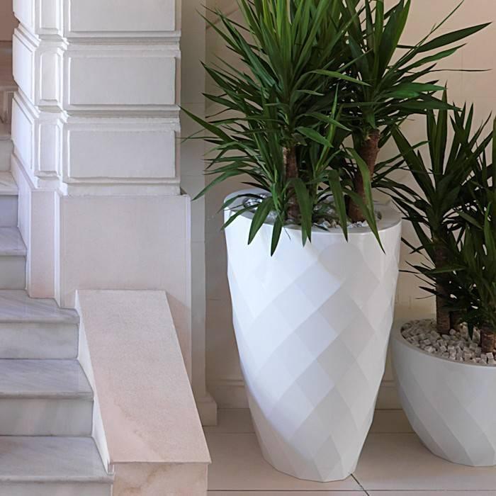 Kunststof bloempotten en plantenbakken for Grote planten voor binnen