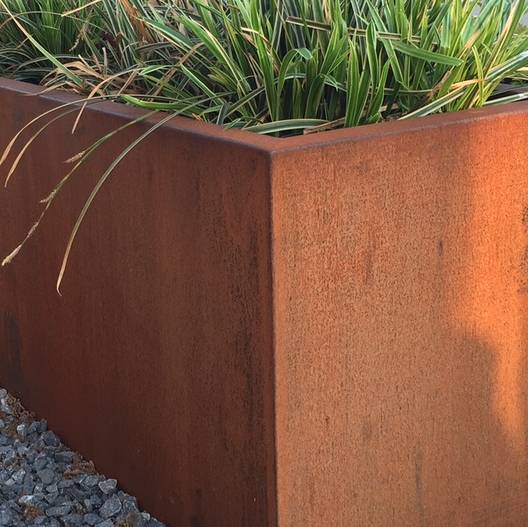 Plantenbakken Voor Buiten Groot.Grote Bloembakken Tuinvoordeel Eu