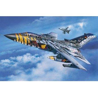 Revell Tornado ECR - Tigermeet 2011/12