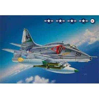 Italeri A-4 E / F / G Skyhawk