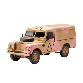 Revell Britische 4x4-Geländewagen-Serie III (109 / LWB)