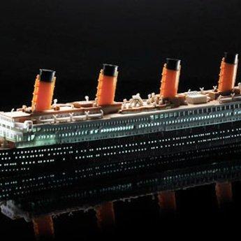 Academy RMS Titanic - LED-Reihe